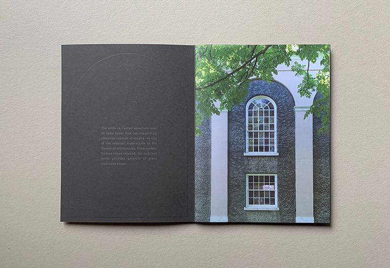 2kDesign_Identity_UnionCollege_TheArchBrochure_3_770x530.jpg