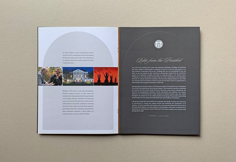 2kDesign_Identity_UnionCollege_TheArchBrochure_5_770x530.jpg