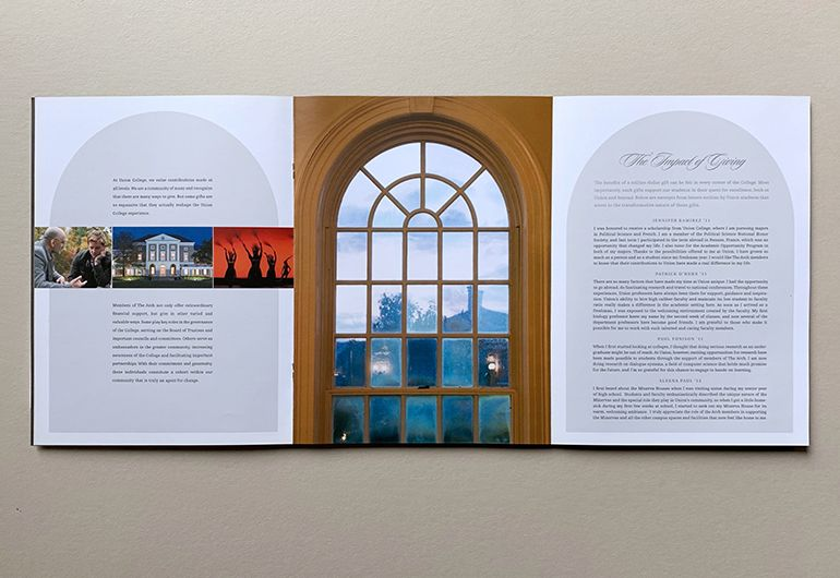 2kDesign_Identity_UnionCollege_TheArchBrochure_6_770x530.jpg