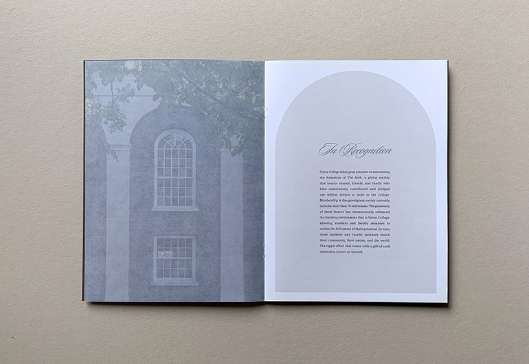 2kDesign_Identity_UnionCollege_TheArchBrochure_4_770x530.jpg